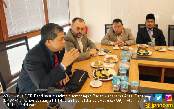 BERJUMPA LEMBAGA HUMANITARIAN TURKI, FAHRI HAMZAH INGINKAN LEMBAGA SOSIAL INDONESIA BERPERAN GLOBAL